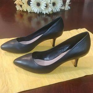 Vince Camuto Leather Black Kitten Heel Pump 6.5